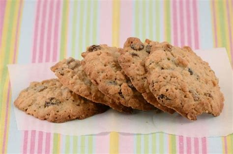Reviewed by millions of home cooks. Oatmeal Raisin Cookies with Applesauce | Recipe | Diabetic ...