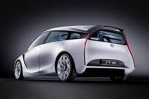 Bh Auto : is this toyota ft bh concept the face of tomorrow 39 s prius c the fast lane car ~ Gottalentnigeria.com Avis de Voitures