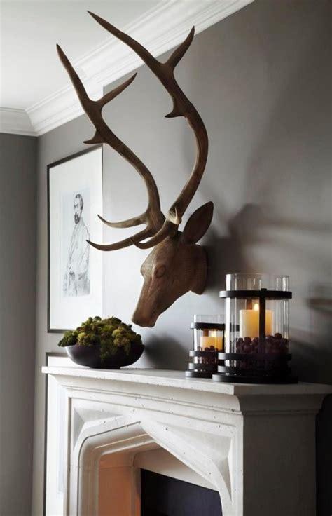 deko geweih holz mit geweih deko klassisch modern schm 252 cken wohnideen und dekoration