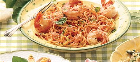 cuisiner un poulet linguine aux crevettes à la sauce tomate crémeuse recette