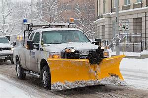 7 Tips For Maintaining Your Snow Plow In Season This Winter