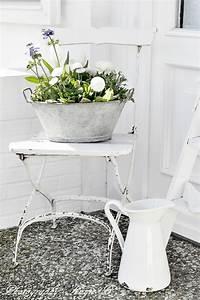 vorgartengestaltung im vintage stil 26 schicke gartendeko With katzennetz balkon mit v b french garden