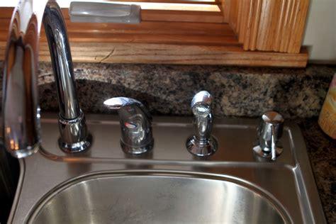 moen  kitchen faucet cartridge repair  replacement