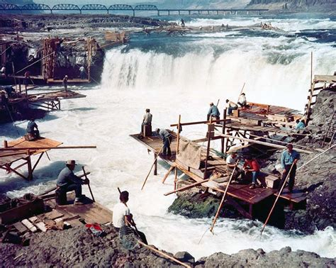 celilo falls disappears  hours   dalles dam
