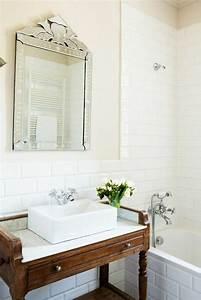 Meuble Salle De Bain Vintage : le meuble sous lavabo 60 id es cr atives ~ Teatrodelosmanantiales.com Idées de Décoration