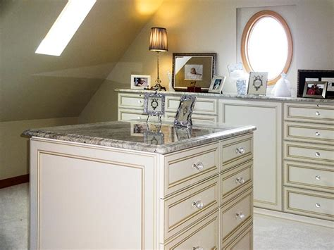closets for angled walls