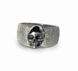 Unisex skull ring for Skull wedding rings for men