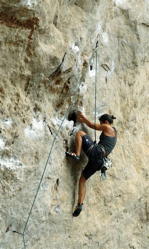 Four Reasons Why You Should Start Rock Climbing