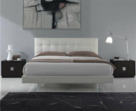 chambre gris perle et blanc idée couleur chambre la chambre à coucher en gris