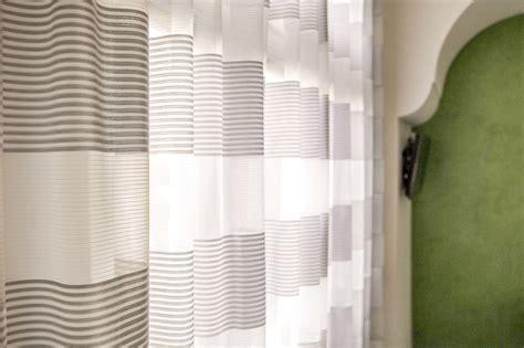 gardinen fürs bad gardinen ideen f 252 r 180 s bad zwischen dichte und transparenz