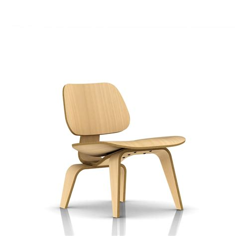 eames chaises herman miller eames molded plywood lounge chair wood legs gr shop canada