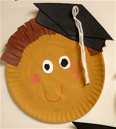 paper plate graduates fun family crafts