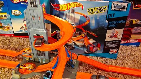 hot wheels skyscraper spiral track playset ultimate city