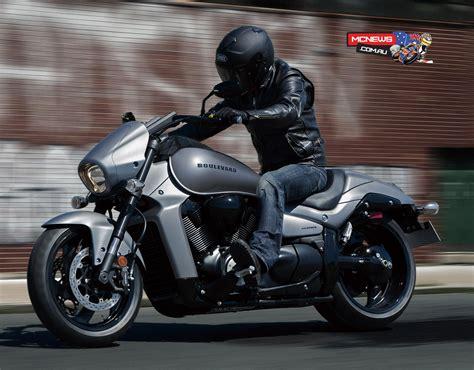 suzuki motorcycles  revealed  suzuki boulevard