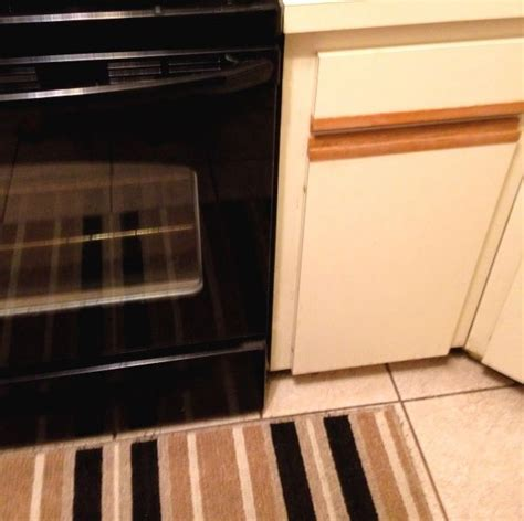 redo ugly  oak trim laminate kitchen cabinets