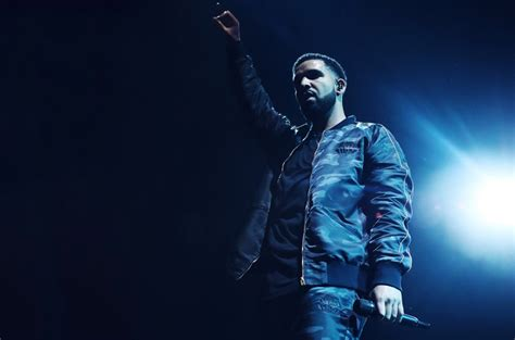 Drake Replaces DJ Khaled as Surprise Headliner at London's ...