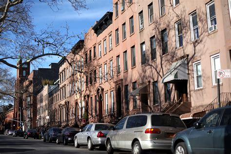 report more new yorker s are struggling to pay the rent