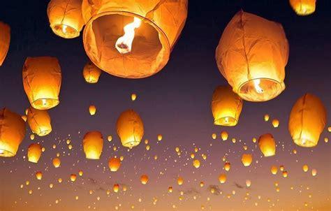 lanterne carta volanti lanterne cinesi ma sono pericolose guida uso e acquisto