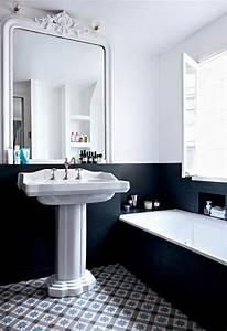 La salle de bains blanche design en 75 idees for Salle de bain design avec golf décoration et accessoires