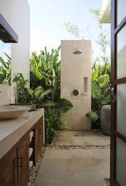 outside bathroom ideas 25 best ideas about balinese bathroom on outdoor bathroom inspiration