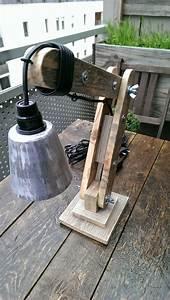 Lampe En Palette : la menuiserie 503 une petite lampe d 39 architect ~ Voncanada.com Idées de Décoration