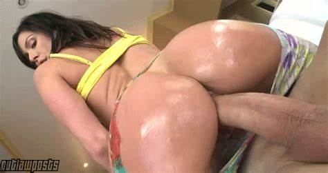 Pierced Youthful Tracy Drill Pounding And Squirts