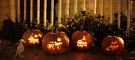 carve  construction equipment   pumpkins