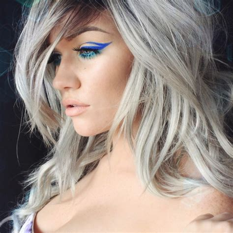 grey hair trend  huge  spring summer