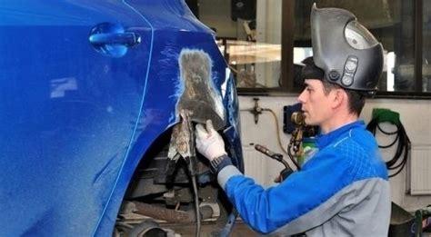 lavoro carrozziere si assumono carrozzieri in canada retribuzione di 20
