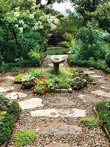 Flagstone, Paver, Path, In, Lush, Backyard