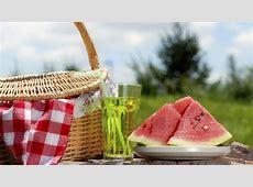 Up Your Summer Picnic Game Rentcom Blog