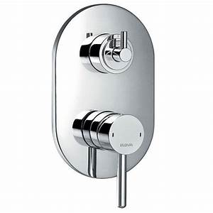 Pura Levo Concealed Manual Shower Mixer With 3