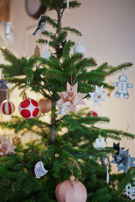 real  artificial christmas tree  year pros  cons