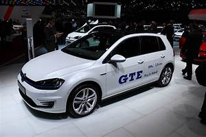 Volkswagen Golf Gte : volkswagen golf gte plug in hybrid live photos from geneva ~ Melissatoandfro.com Idées de Décoration