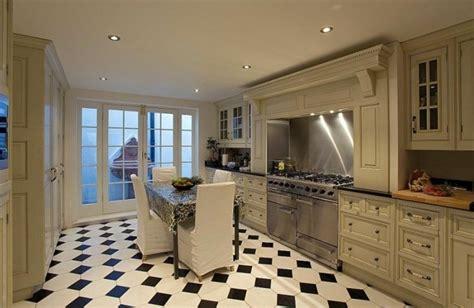 carrelage cuisine en noir  blanc  interieurs inspirants