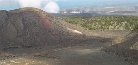 day hike kilauea iki hawaii volcanoes national park