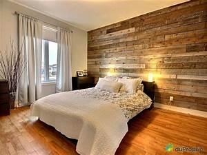 mur de bois deco maison pinterest chambres pots et With mur de chambre en bois