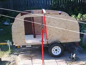 Fabriquer Mini Caravane : plan pour fabriquer un teardrop our new teardrop trailer for camping with plan pour fabriquer ~ Melissatoandfro.com Idées de Décoration