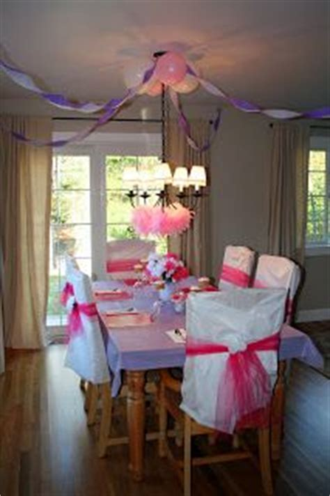 Decorating Ideas Using Plastic Tablecloths by 1000 Images About Decorating On A Budget Plastic