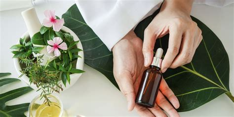 cbd oil   treat bad skin  improve  skincare
