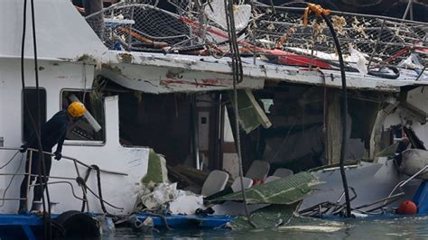 Boat Crash Winnipeg by Outrage Human Errors In Deadly Hong Kong Boat Crash