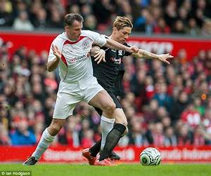Liverpool legend Jamie Carragher reveals photo on TV show ...