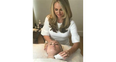 Amazon.com: NuFACE Trinity Facial Trainer Set + Eye and