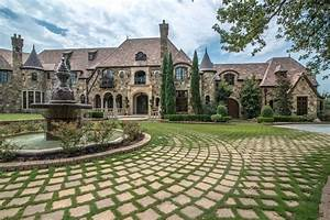 Majestic French Château in Texas 5