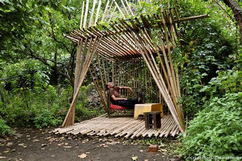 sol bureau abri de jardin maison cabane de jardin ou cabanon