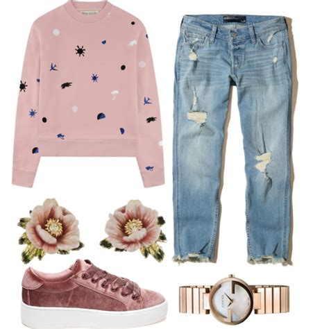 Boyfriend Jeans And Sneakers Outfit Ideas 2018 | FashionTasty.com