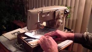 Universal Zig-zag Deluxe Sewing Machine W   Manual