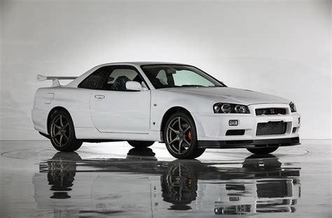 nissan skyline this is what a nissan skyline r34 gt r vspec ii nür with