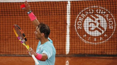 Record-chasing Rafael Nadal eases into French Open second ...