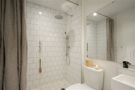 reader rehab  budget bath remodel   luxuries